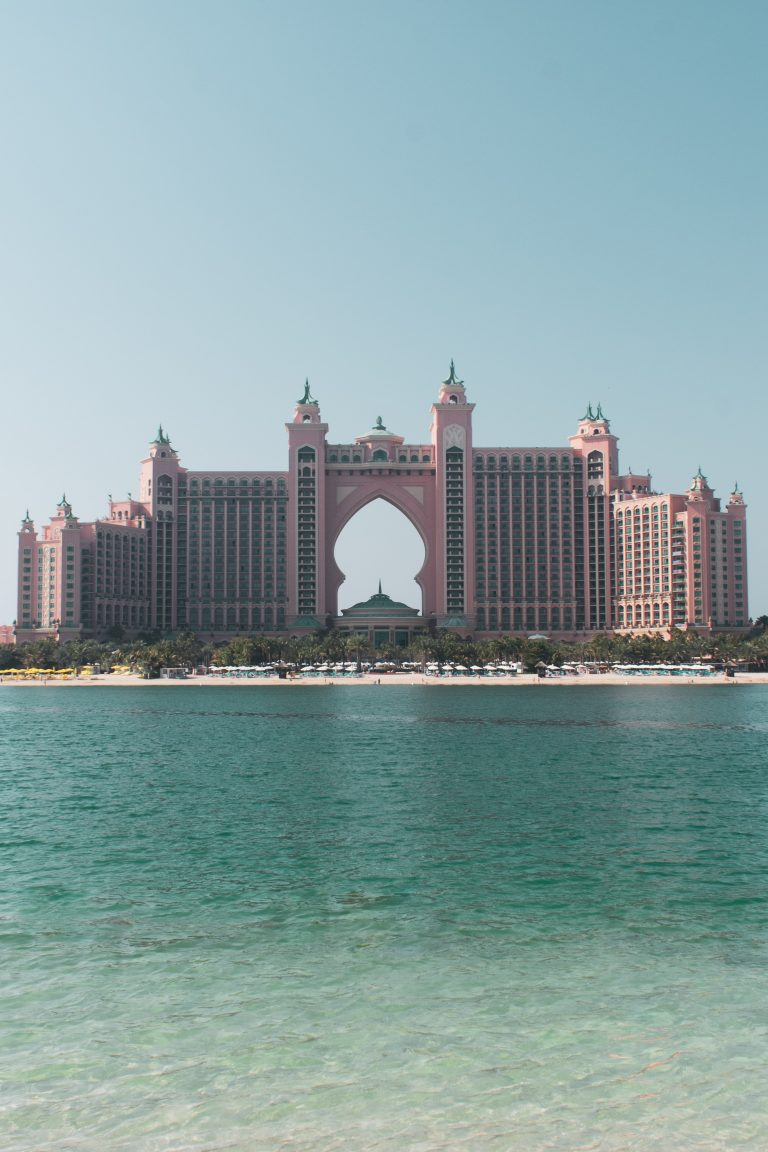 Read more about the article Top Hotels Underwater In Dubai | Must Read